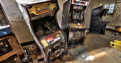 old arcade cabinet smashed